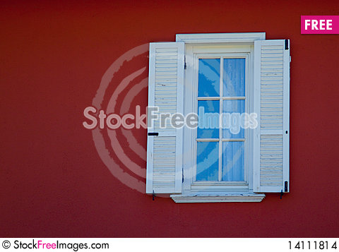 Free Small White Framed Window Stock Images - 14111814