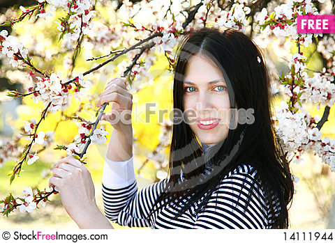 Free Young Girl In The Garden Stock Images - 14111944