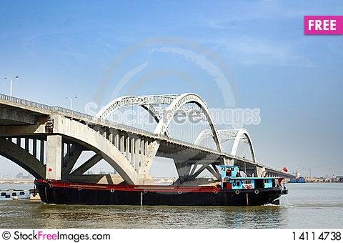 Free Bridge Royalty Free Stock Photos - 14114738
