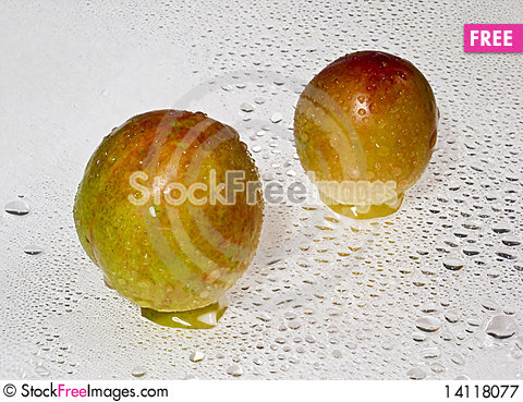 Free Apricot Royalty Free Stock Photography - 14118077