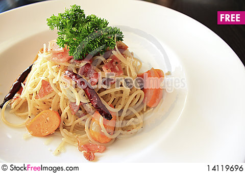 Free Spaghetti Ham And Sausage Royalty Free Stock Image - 14119696
