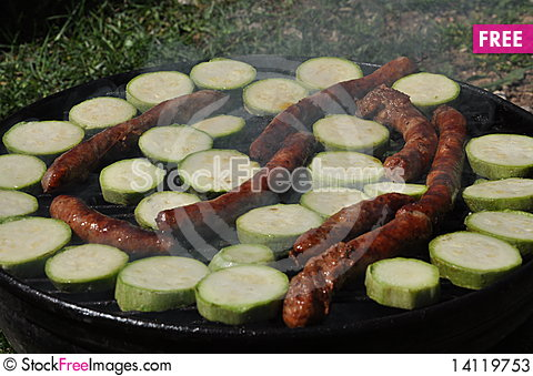 Free Grilled Sausages Stock Photos - 14119753