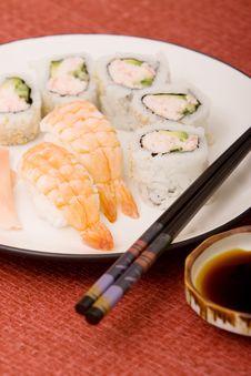 Free Sushi Platter Royalty Free Stock Photography - 14110267
