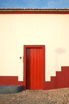 Free Red Door And Roof Royalty Free Stock Photos - 14118808