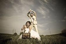 Free Wedding Couple Royalty Free Stock Photo - 14119485