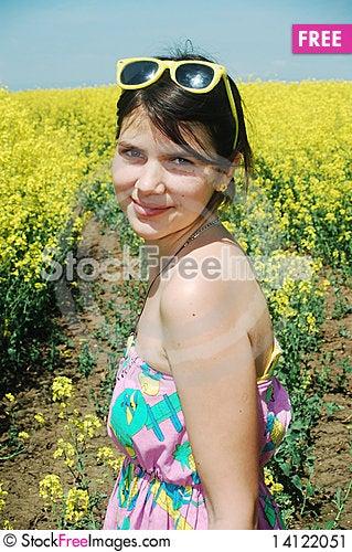 Free Girl On Yellow Field Stock Image - 14122051