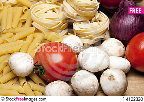 Free Cooking With Italian Ingredients Stock Photo - 14122320
