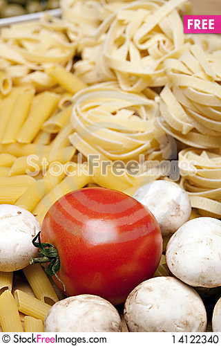 Free Cooking With Italian Ingredients Stock Photo - 14122340