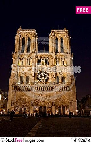 Free Night View  Of  Notre Dame De Paris Stock Images - 14122874