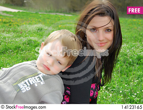 Free Mum And The Son On A Walk Royalty Free Stock Photo - 14123165