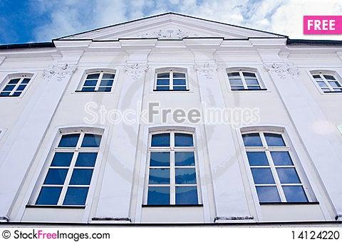 Free Old White Hause Stock Photo - 14124220