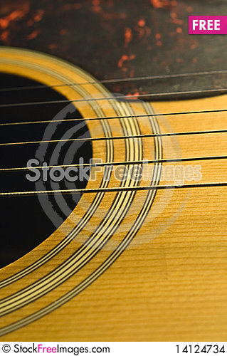 Free Wooden Guitar And Strings Stock Images - 14124734