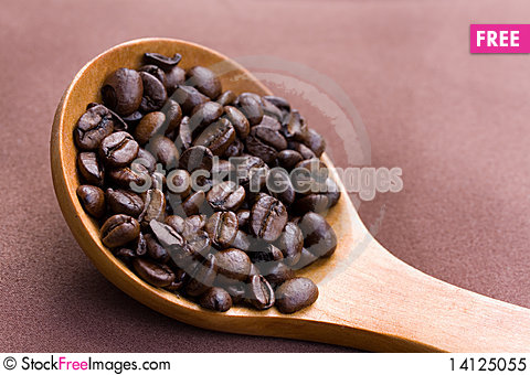 Free Fresh Roasted,coffee Beans In The Spoon,close Up Royalty Free Stock Photo - 14125055