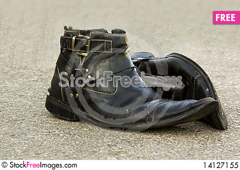 Free Old Leather Shoes Royalty Free Stock Photo - 14127155