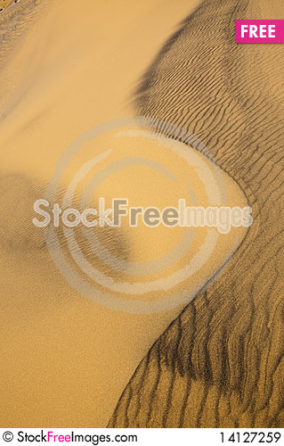 Free Algeria Sahara Dune Landscape Royalty Free Stock Images - 14127259