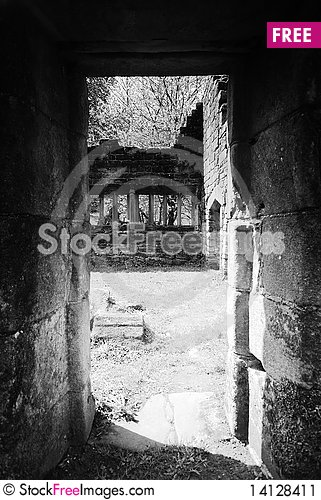 Free The Old Ruins Stock Image - 14128411