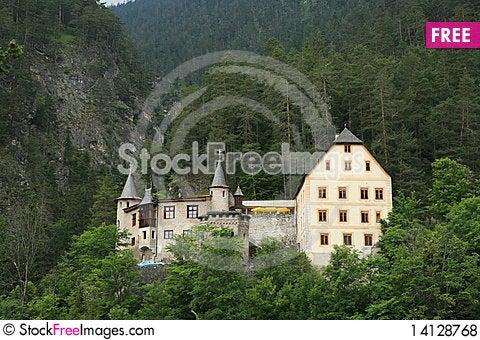 Free Fernstein Castle Royalty Free Stock Photos - 14128768