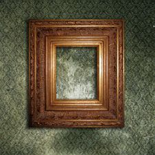 Free Golden Frame On A Green Wallpaper Royalty Free Stock Photos - 14121598