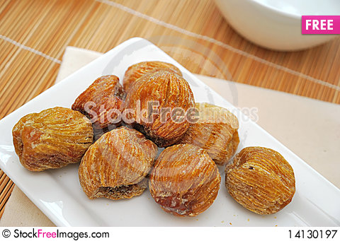 Free Dried Honey Dates On Plate Royalty Free Stock Photography - 14130197