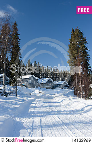 Free Cottages In Winter Royalty Free Stock Images - 14132969