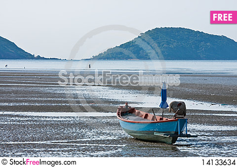 Free Boat Of Fisherman Stock Images - 14133634