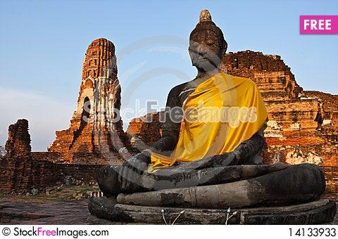 Free The Buddha Of Wat Mahathat Stock Photos - 14133933