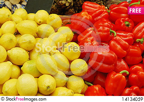 Free Close Up Of Lemons And Red Peppers Royalty Free Stock Images - 14134059