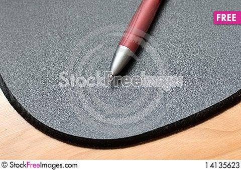Free Pen Stock Photos - 14135623