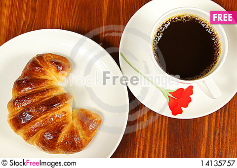 Free Croissant And Coffee Royalty Free Stock Photography - 14135757