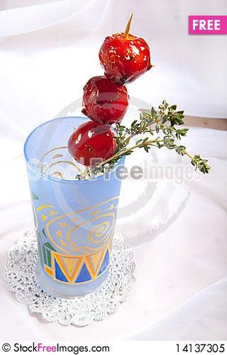 Free Sweet Cherry Tomato Royalty Free Stock Photo - 14137305