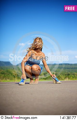 Free Blond Woman On Summer Day Royalty Free Stock Photography - 14138177