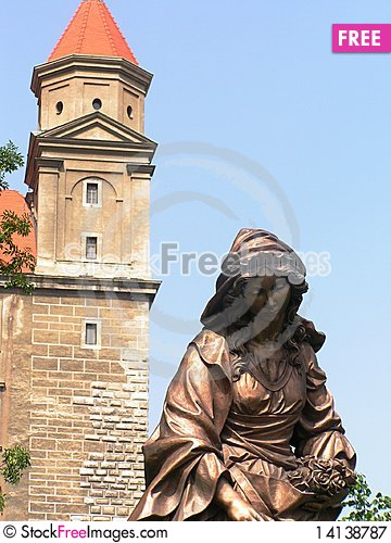 Free Vienna, Austria Old Town And Statue Royalty Free Stock Photography - 14138787