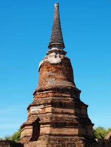 Free Ruin Stupa Royalty Free Stock Images - 14130279