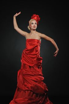 Free Lady In Red Dress Royalty Free Stock Photos - 14132468