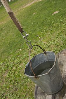 Free Bucket On Well Royalty Free Stock Photo - 14135245