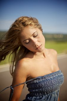 Free Blond Woman On Summer Day Royalty Free Stock Photography - 14137847