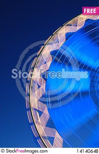 Free Ferris Wheel In Motion Royalty Free Stock Photos - 14140648
