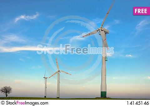 Free Small Wind Farm Royalty Free Stock Image - 14145146