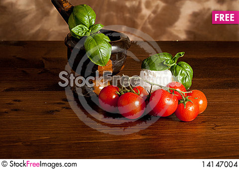 Free Ricotta  With Basil And Tomatoes Stock Images - 14147004