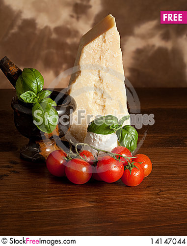 Free Ricotta  With Basil And Tomatoes Stock Images - 14147044
