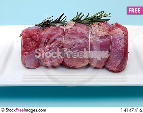 Free Raw Roast Veal Royalty Free Stock Image - 14147416