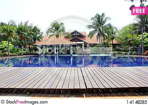 Free Swimming Pool Royalty Free Stock Photo - 14148285