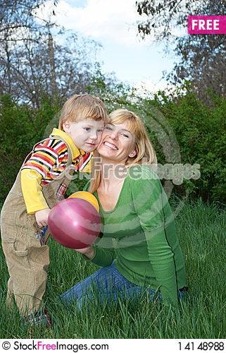 Free Family Royalty Free Stock Photos - 14148988