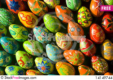 Free Colored Eggs Stock Images - 14149744