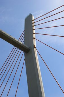 Free Suspension Bridge Pillar Royalty Free Stock Photos - 14145318
