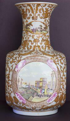 Free Chinese Vase Stock Photo - 14145440