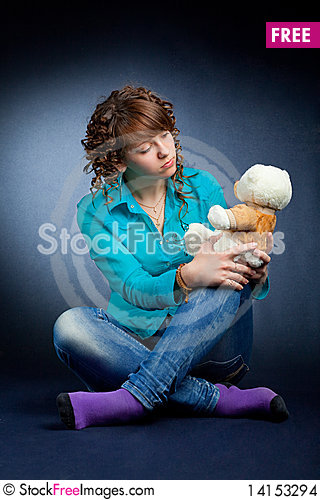 Free Young Teen With Teddy Stock Images - 14153294