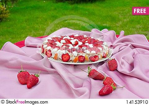 Free Strawberry Pie Stock Photo - 14153910