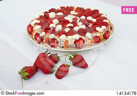 Free Strawberry Pie Royalty Free Stock Photos - 14154178
