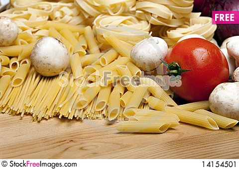 Free Cooking With Italian Ingredients Stock Image - 14154501